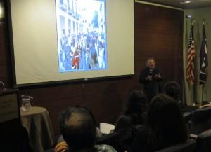 Tomás Robaina presenting