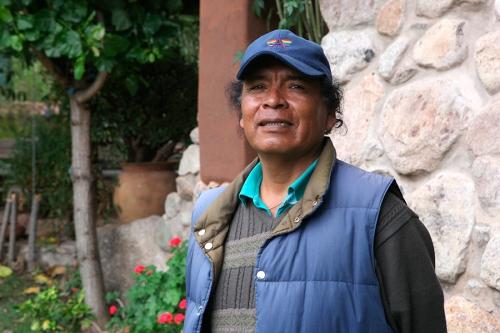 RIMASUN Angel Porvenir Peru Quechua Rimasun podcast Porvenir Peru CLACS NYU Fundacion non-profit Cusco Chinchero